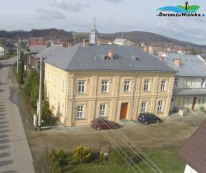 Murowany dom zakonny sióstr Felicjanek w Besku
