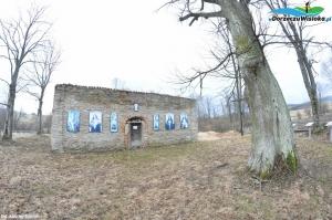 Ruiny cerkwi w Płonnej
